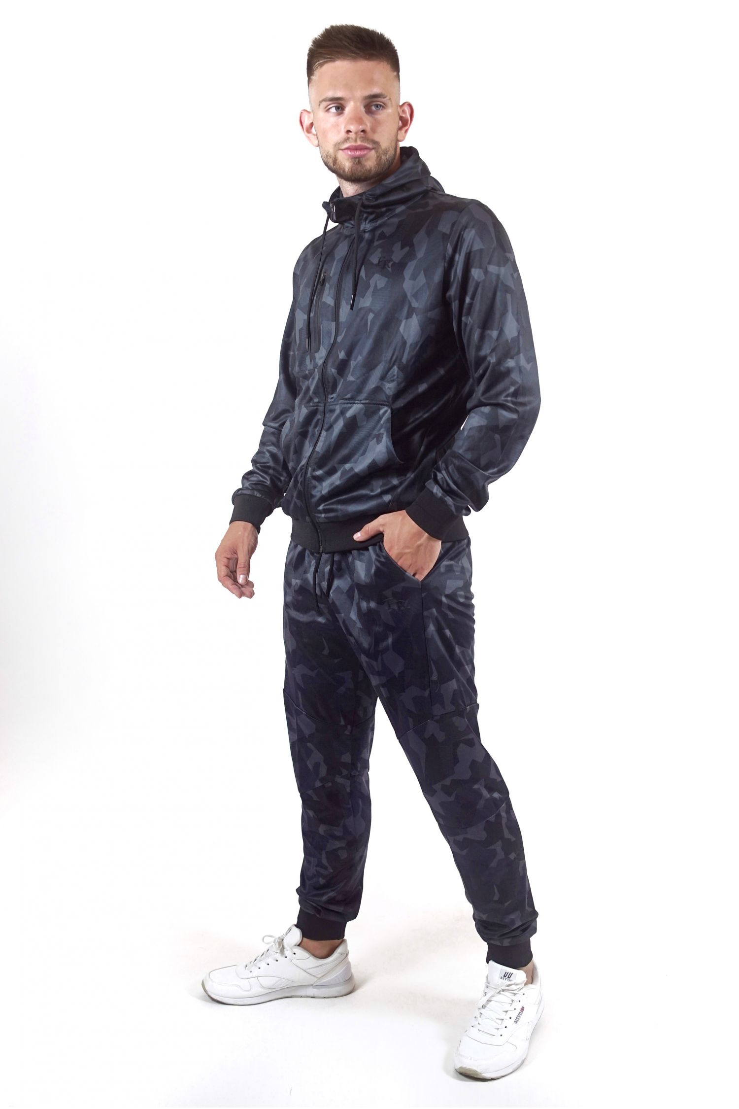 Мужской спортивный костюм FREEVER 8705